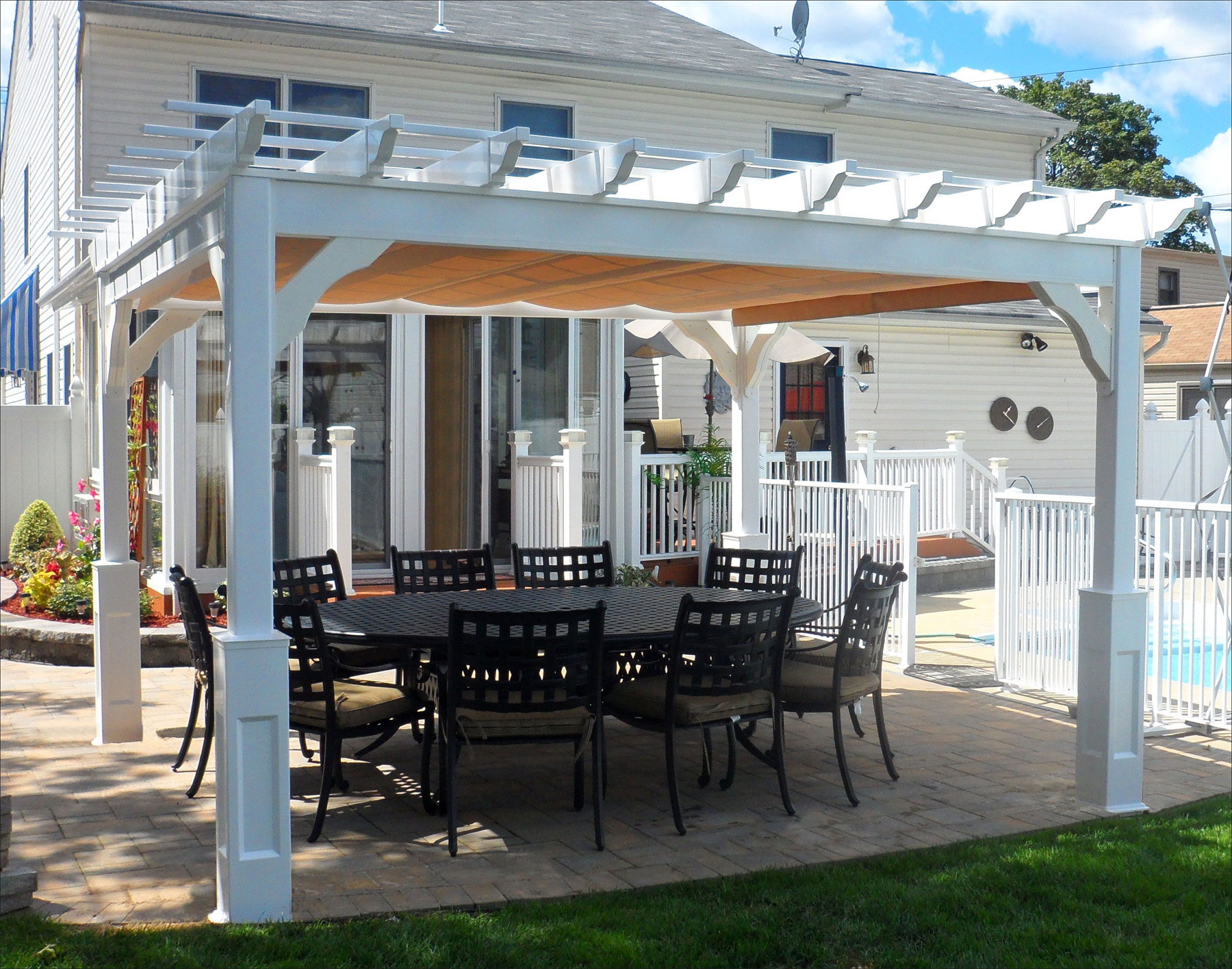 Customer S Photo 10 X 12 Vinyl Deluxe 4 Beam Pergola