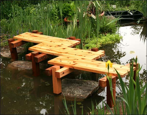 Van Gogh's 3-Step Red Cedar Zig-Zag Bridge