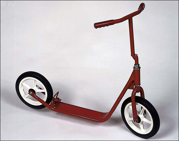 The Eagle Scooter With Basket