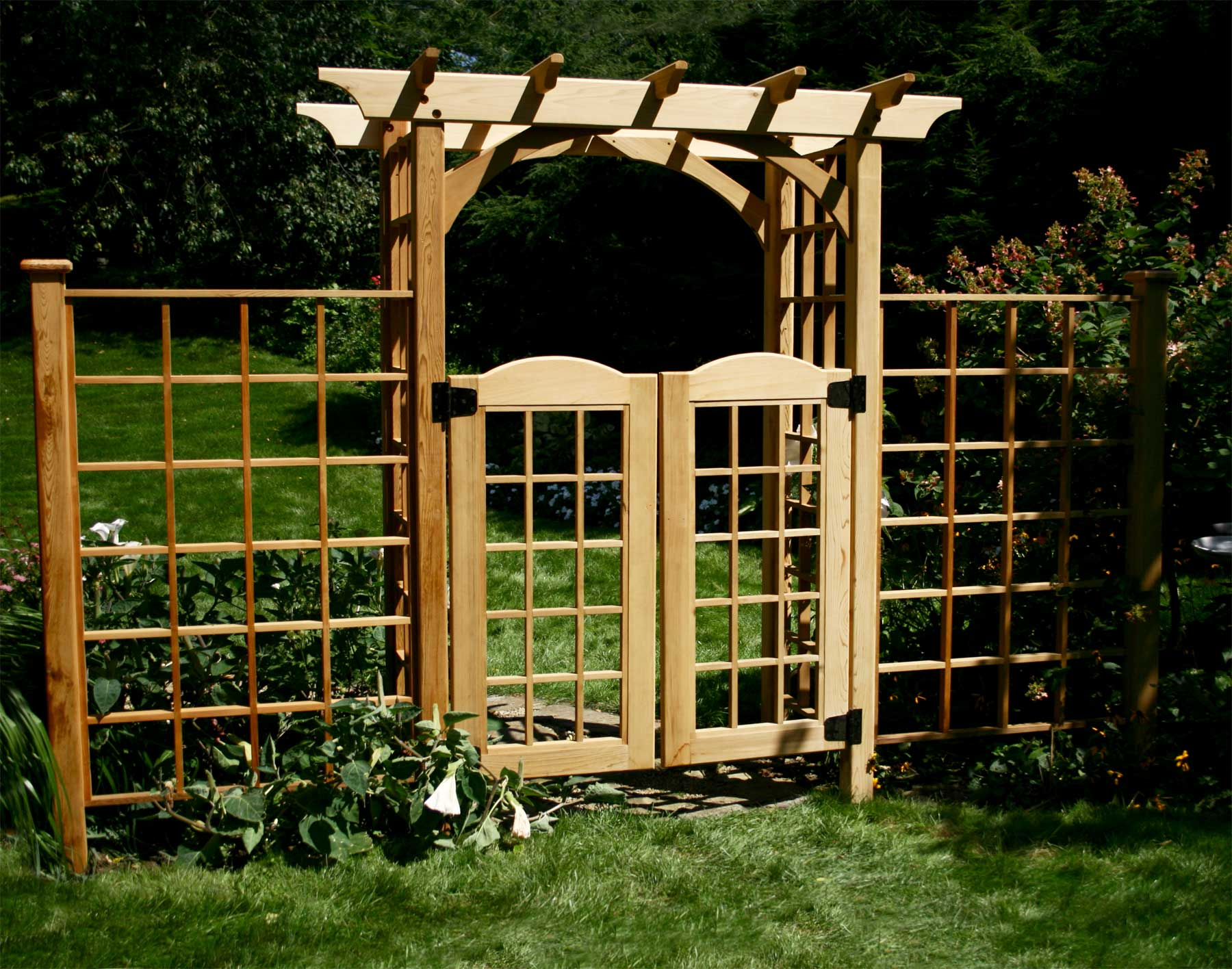 Red cedar canterbury arbor w gate 2 wings for Fence with arbor