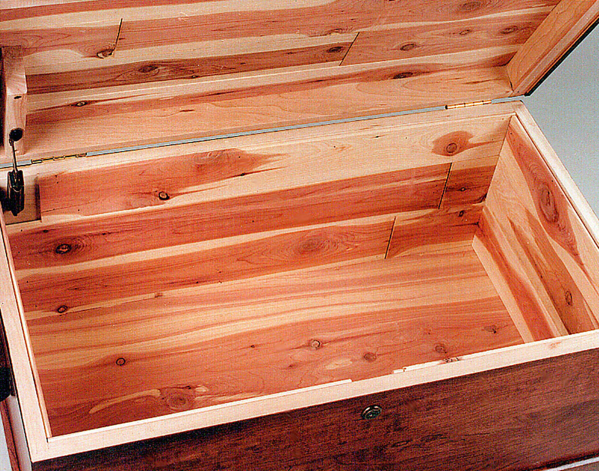 Hamilton Basic Cedar Chest