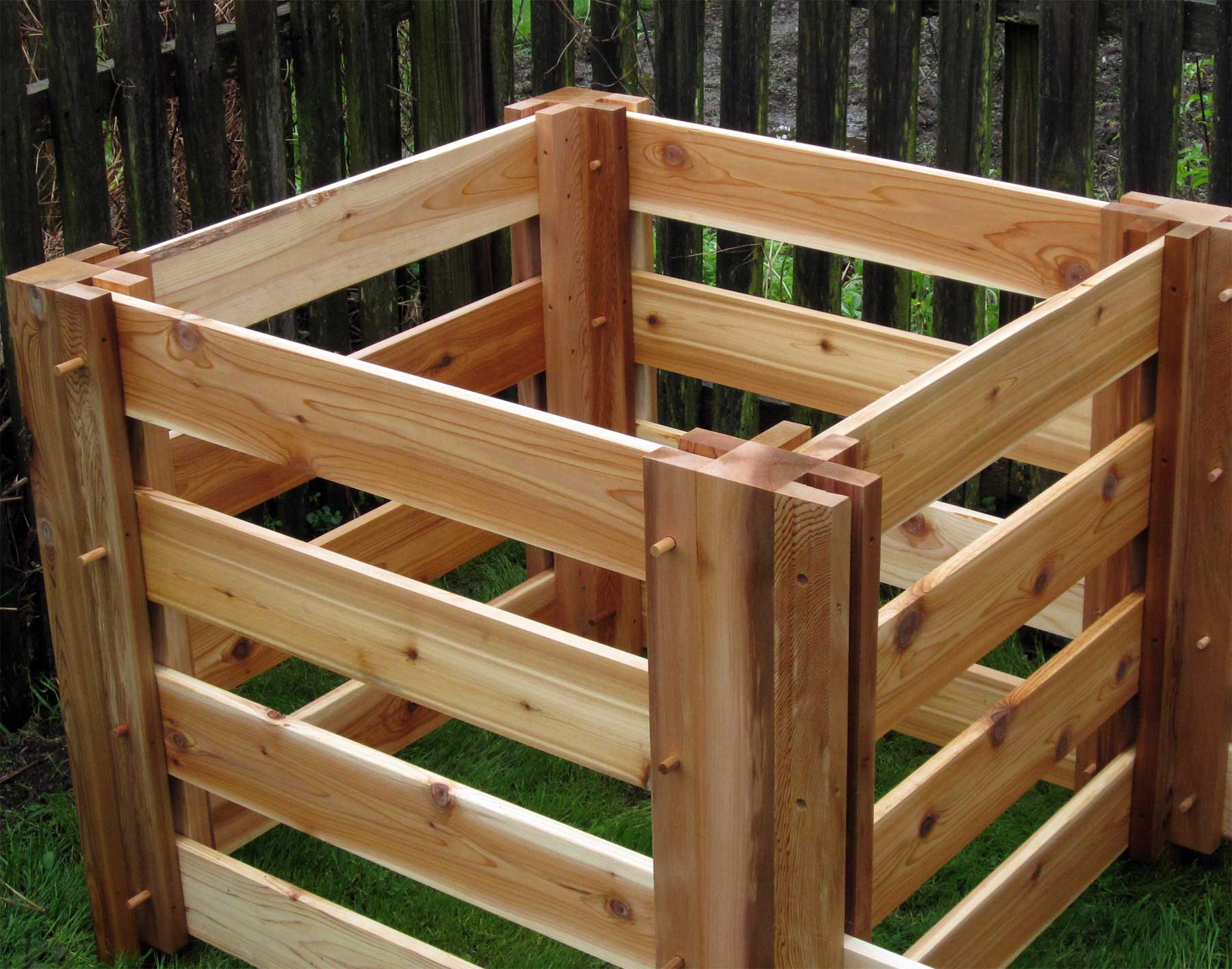Renoir\'s Red Cedar 3-Compartment Compost Bin