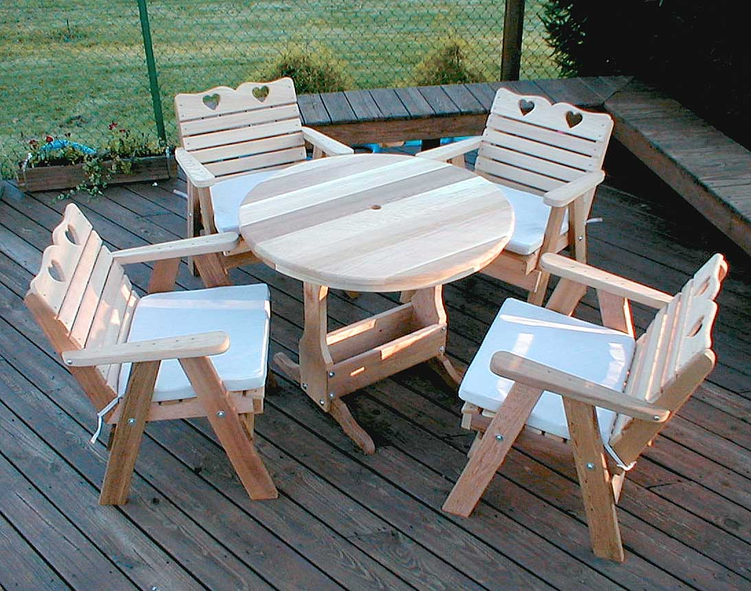 Red Cedar Leisure Time Patio Collection