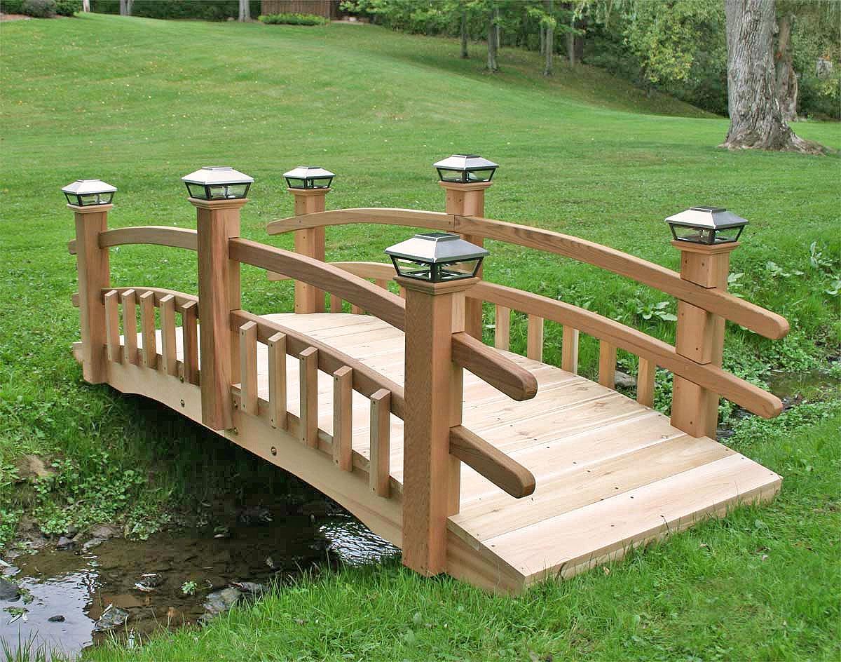 Red Cedar Eden 1 2 Picket Rail Bridge