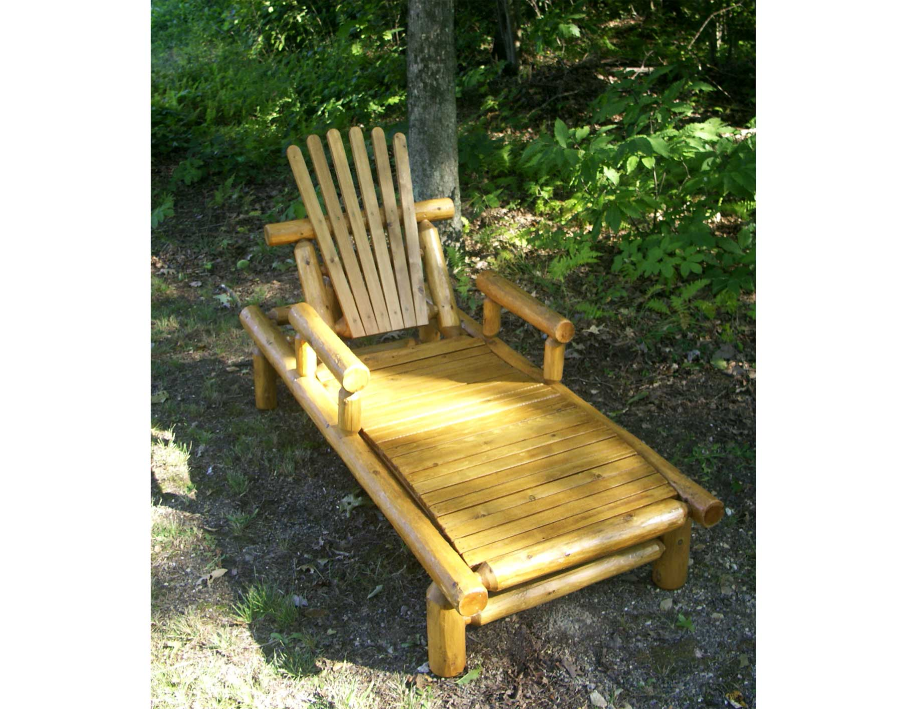 White Cedar Stained Lounge