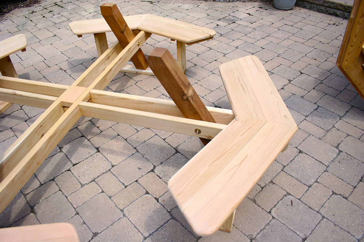 Red Cedar Octagon WalkIn Picnic Table - Walk in picnic table