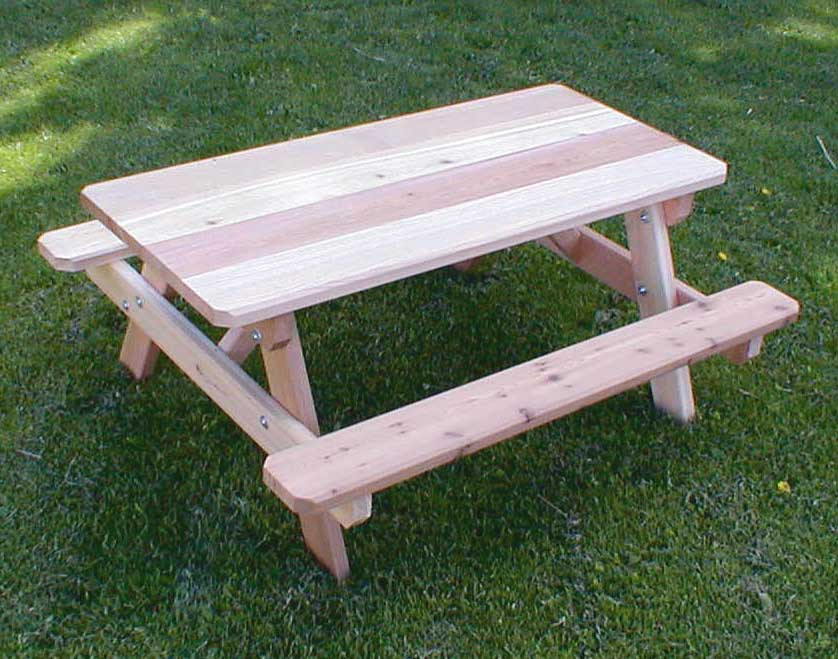 Red Cedar Kid S Picnic Table