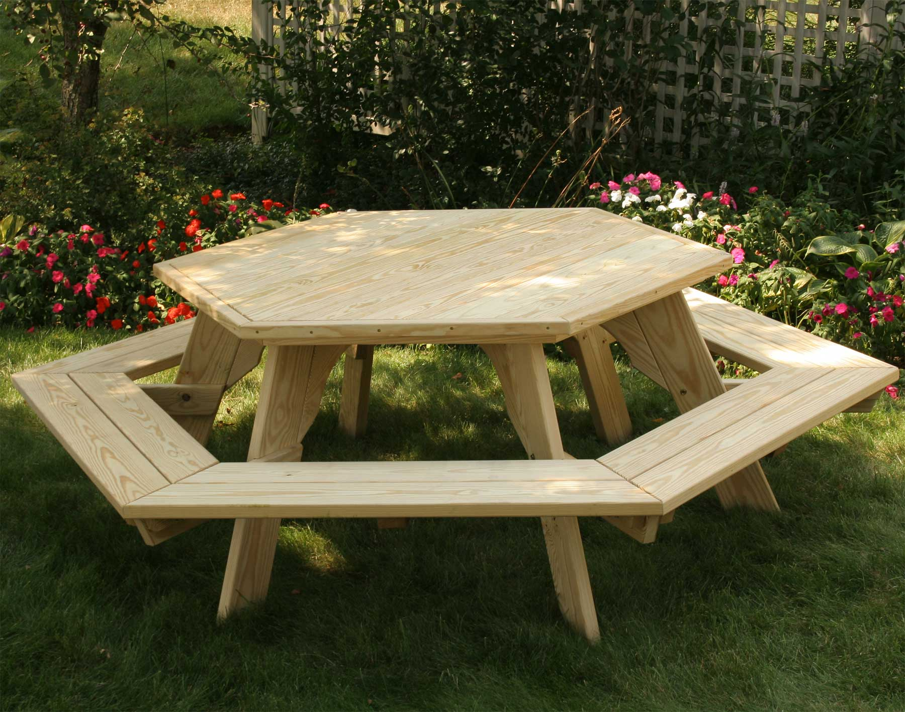 Treated pine hexagon picnic table for Table exterieur plastique noir