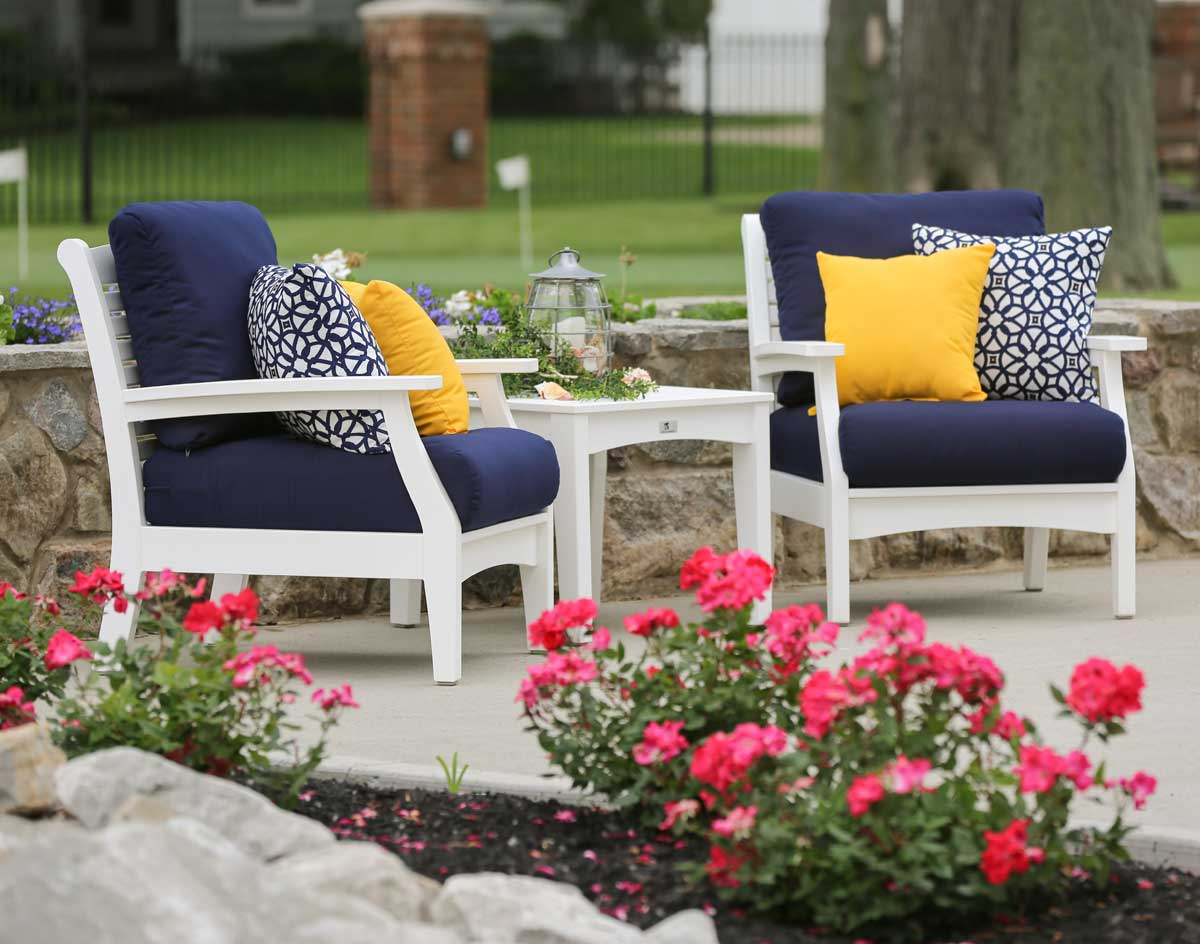 Poly lumber classic terrace chair w sunbrella cushions for Cojines sofa exterior