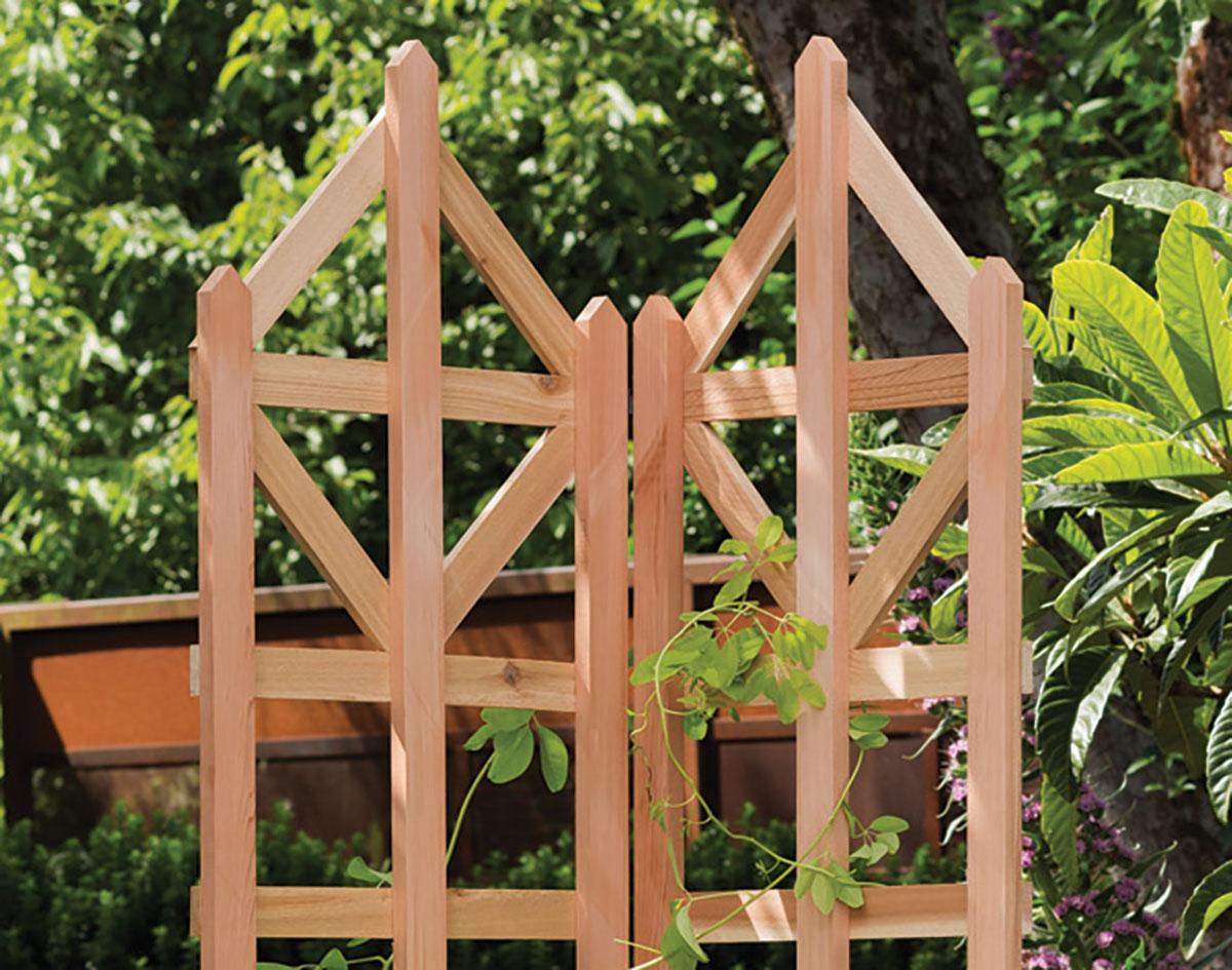 Red Cedar Art Deco Freestanding Trellis