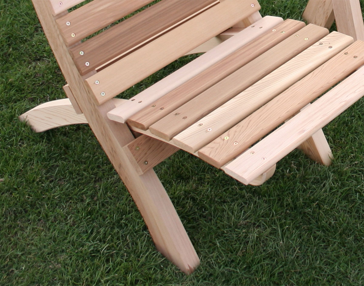 Red Cedar Folding Travel Table And Chairs Set