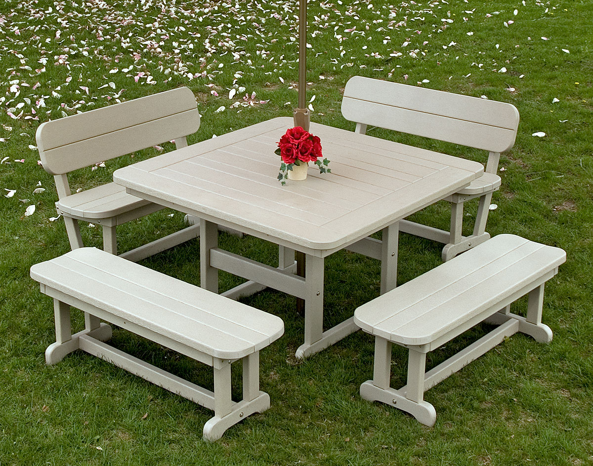 POLYWOOD Commercial Square Picnic Table - Square picnic table with benches