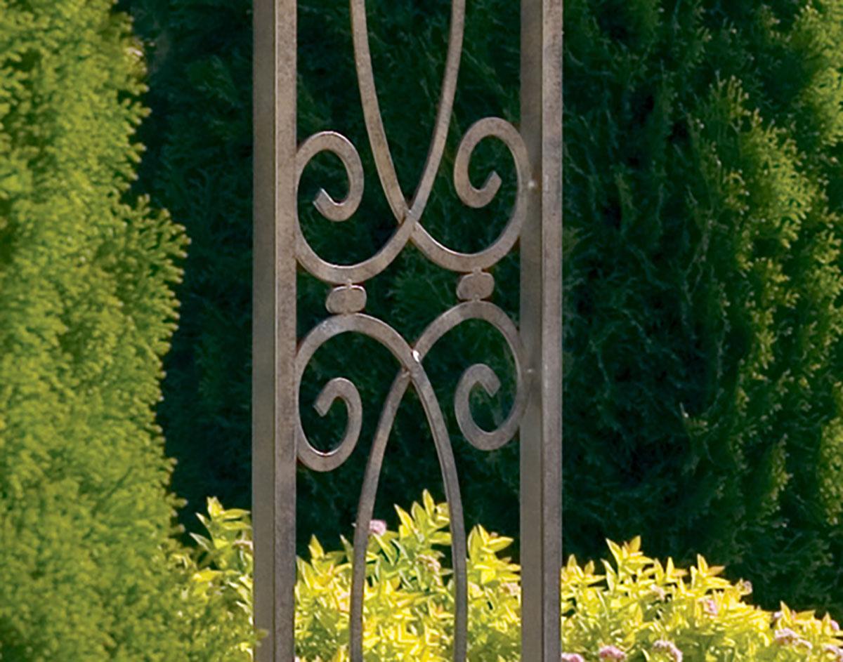 Wrought Iron Wall Trellis: Wrought Iron Swirl Trellis